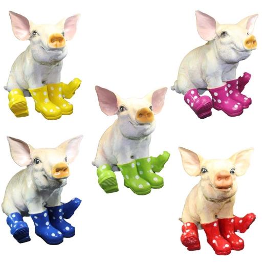 Schwein Ferkel mit Gummistiefeln